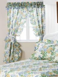 Good Bedroom Floral Priscilla Curtains
