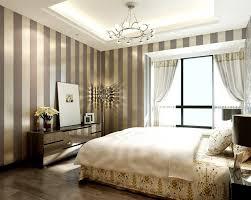 Gold wallpaper in bedroom