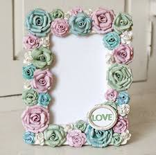 Paper Flower Frame Alter A Frame With Paper Flowers This Is So Pretty I Want To