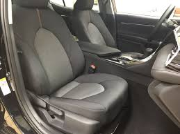 black midnight black metallic 2018 toyota camry le upgrade right side front seat photo
