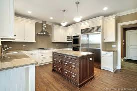 two tone kitchen walls two tone kitchen walls pictures inspirations