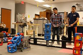 Dunwoody High School robotics team places third in world competition -  Reporter Newspapers