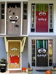 Halloween door decoration DIY. Halloween Alley DIY idea 2