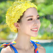 2019 Korean 3d Petals Pearl Women Bathing Cap Female High Elastic Free Size Hats Solid Ear Protection Swimming Cap 62789 From Comen 34 52