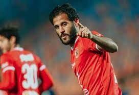 مهاجم الأهلي مروان محسن يرفض الرحيل عن فريقه على سبيل الإعارة - عرب فايف