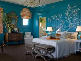 Bright turquoise bedroom walls