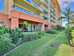 Walk In Pools Honua Kai Big 1st Floor Lawnkonea 142 1 Vrbo
