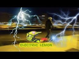 <b>FLJ T11</b> electric scooter. First minutes. - YouTube