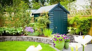 how to paint a shed five simple steps