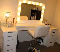 Lighted Bedroom Vanity Lighted Vanity Makeup Desk Hostgarcia