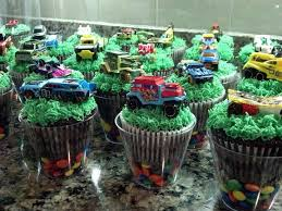 Hot Wheels Cupcakes Little Party Ideas In 2019 Cars Birthday