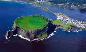 images?q=tbn:ANd9GcSfd7gyfQfU5zEDjVdGrtmCpg9HjfUWuMCWs8WRgsaXKwuyRWZRIQ - Южнокорейский остров Чеджудо - чудо природы и жемчужина туризма