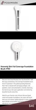 It Cosmetics Full Coverage Foundation Brush