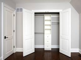 closet organization ideas with sliding closet doors to ease putting and take