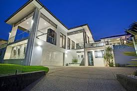 j b garage doors are the premiere custom garage door and gate designers and installers on the gold coast