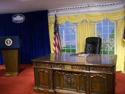 oval office white house. Modren Office Take A Photo In The Oval Office Here  White House Gifts Washington DC  Traveller Reviews TripAdvisor To