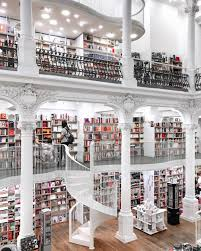 The most beautiful place in Bucharest ❤️   Beautiful library ...