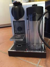 Kaffeemaschine Nespresso Delonghi Latissima