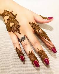 Mehndi Girls Design Image May Contain One Or More People Mehndi Designs For