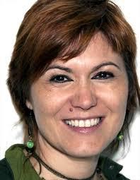 Carla Oliveira - Photo