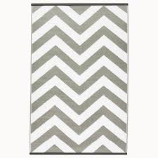 grey chevron rug