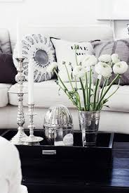 romantic cozy coffee table decor ideas