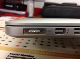 how to charge macbook air