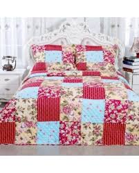 DEAL ALERT: English Rose (Pink) Collection Red Floral Patchwork ... & English Rose (Pink) Collection Red Floral Patchwork Reversible Cotton Quilt  Set Twin Adamdwight.com