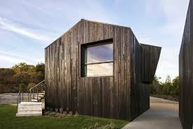 Chilmark House by Gray Organschi Architecture + Aaron Schiller in  Massachusetts | Architecture, Chilmark, Architect house