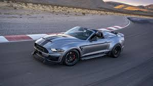 For those who have a lot of time on the highway, this gt500 will help keep driving up to 180 mph. 825 Hp Shelby Mustang Super Snake Highlights Bundle Of Snakes