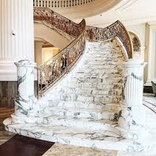 Marble staircases can be seen in p 9867c948e1a09af7b10047fc9a7a7c25