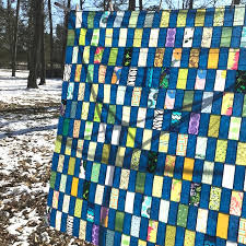 Confessions of a Fabric Addict: Make-A-List Monday - A Mixed Bag! & You can check it out here - there's lots of good info in it about quilt  math and a great little app I use a lot - and instructions for making this  quilt! Adamdwight.com