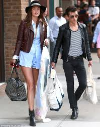 chivalrous arctic monkeys rocker alex turner helped his model girlfriend taylor bagley move apartments in