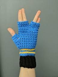 Spock inspired fingerless gloves for the Vulcan Salute from | Etsy in 2020  | Fingerless gloves, Gloves, Etsy