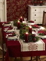 Lovely Christmas Dinner Table Decorations Ideas With Simple Classy