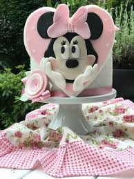 Minnie Mouse Birthday Cake Girl Cake By Agnes Linsen Cakesdecor