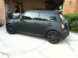 mini cooper countryman matte black. love the matte black on these needs to be dumped tho cars and street bikes pinterest minis mini cooper countryman p