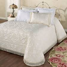 full size of bedspread best popcorn chenille bedspreads covers looking for beautiful vintage white cotton