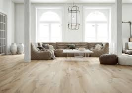 What Furniture Looks Good With Light Wood Floors Light Wood Floors Light Colored Engineered Wood Flooring