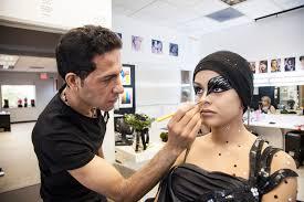 prehensive training for professional makeup