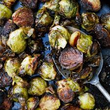 balsamic roasted brussels sprouts with