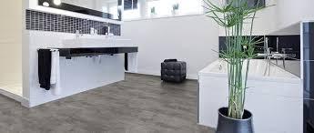 Pvs beläge haben gegenüber anderen materialien einige vorteile, die sich langfristig auszahlen. Ratgeber Design Und Vinylboden Von Holzland Greve