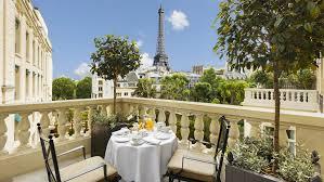 Shangri Hotel Paris Suite Jardin Balcony