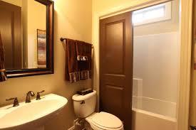Bathroom Interior Door Interior Contemporary Bathroom Decorating Ideas For Small Bathroom