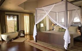 Bedroom:Spa House Design With Tropical Themed And Canopy Bedroom Interior  Decoration Decorating for Canopy