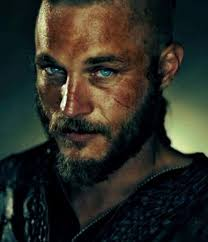 29 Times Travis Fimmel From Vikings Made You So Damn Thirsty