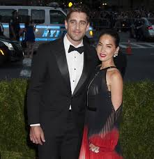 Dlisted | Even Though He's Done With Olivia Munn, Aaron Rodgers Still Isn't  Talking To His Family