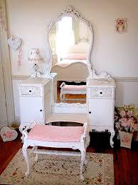 teen girls room dressing table ideas using vintage vanities