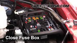 replace a fuse chevrolet tahoe chevrolet tahoe 6 replace cover secure the cover and test component
