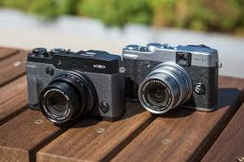 opinion do we really need the fuji x digital photography review the two cameras share the same 12mp x trans sensor but the x30 boasts some worthwhile refinements including a built in evf articulating rear lcd